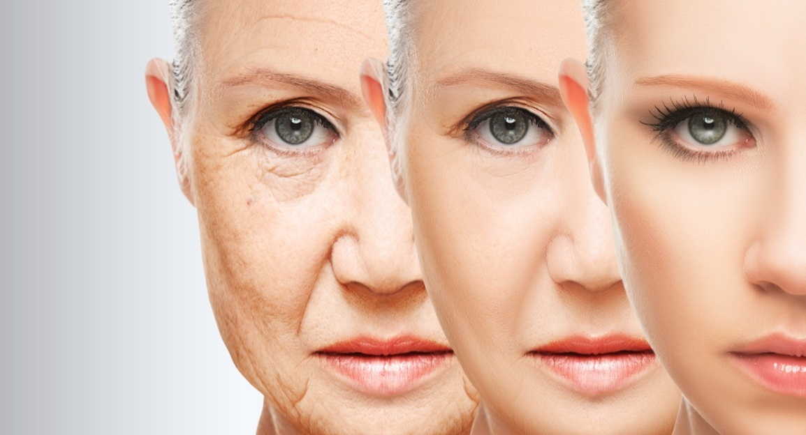 Women going to bathroom - 4 Key Factors To Have A Youthful Skin The Venus Face