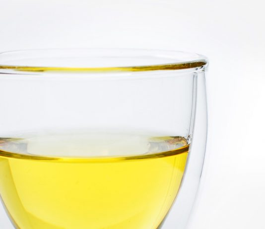 jojoba oil another natural treatment for oily skin